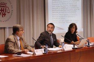 Gregorio Labatut, María Morales y Francisco Bonatti durante su intervención en la Jornada sobre Abogados y Blanqueo de Capitales organizada por BONATTI PENAL & COMPLIANCE